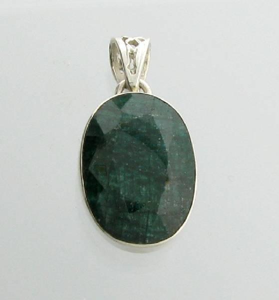 APP: 2k 19CT Oval Cut Grn Sapphire &Silver Pendant
