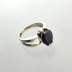 APP: 1k Sebastian 3CT  Oval Cut Sapphire & Silver Ring