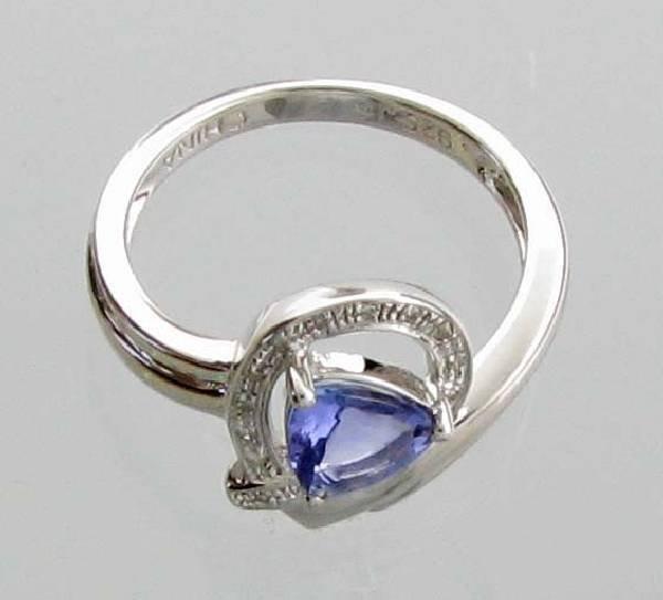 APP: 2k 1CT  Tanzanite & Diamond Plat Sterl Silver Ring
