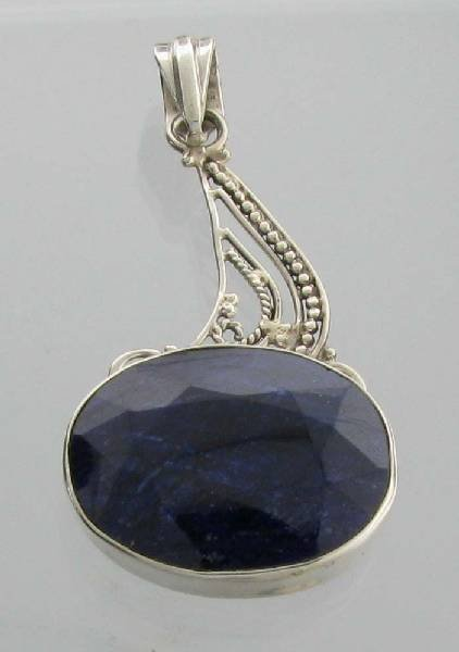 APP: 3k 26CT  Oval Cut Sapphire & Sterl Silver Pendant
