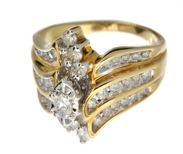 APP: 4.2k 14 kt. Gold, 1.15CT Diamond Ring