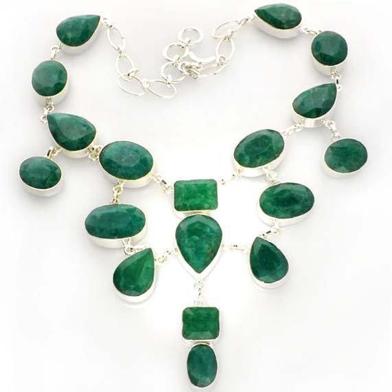 APP: 12k 223CT Mixed Beryl Emerald Necklace