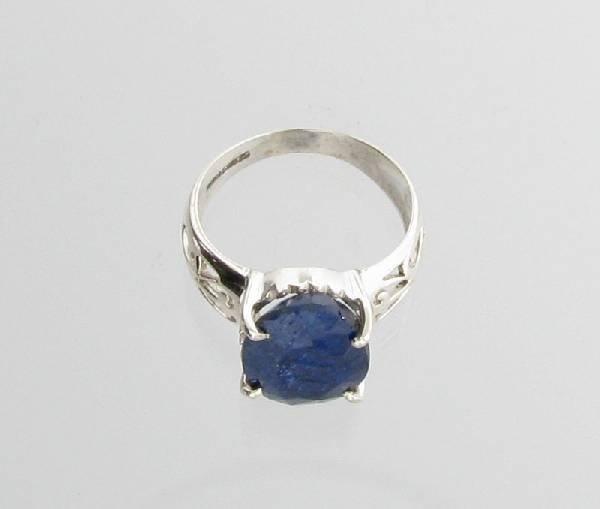APP: 1k Sebastian 5CT  Sapphire & Sterling Silver Ring