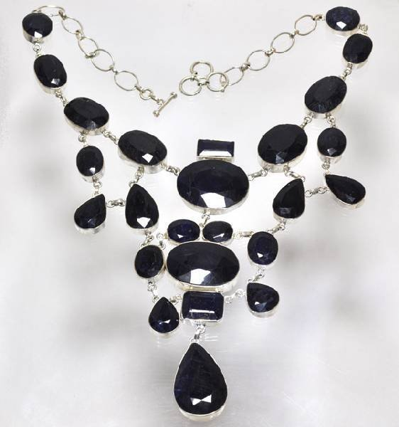APP: 13k 386CT  Mixed Cut Sapphire & Silver Necklace