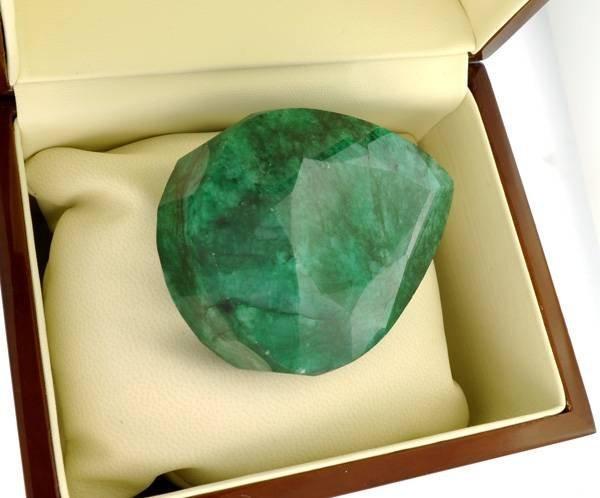 APP: 137.7k 1,012.70CT Emerald Gemstone