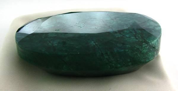 APP: 100.9k 1,506.70CT Green Emerald Gemstone