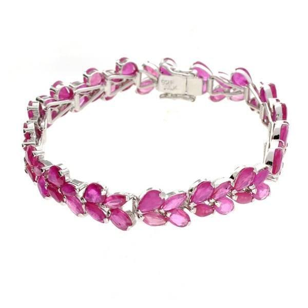 APP: 29k 32CT  Mixed Cut Ruby & Sterl Silver Bracelet