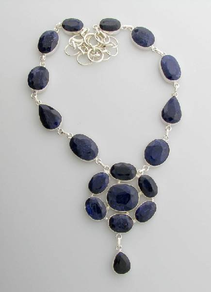 APP: 12k 180CT  Sapphire & Sterling Silver Necklace