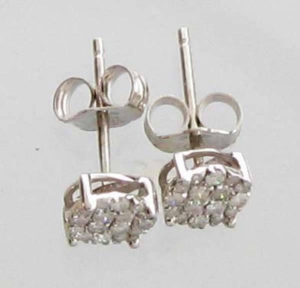 APP: 1k 0CT  Round Cut Diamond Sterl Silver Earrings