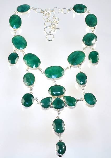 APP: 17k 261CT Beryl Emerald Necklace