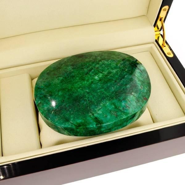 APP: 184.4k 3,751.50CT Green Emerald Gemstone