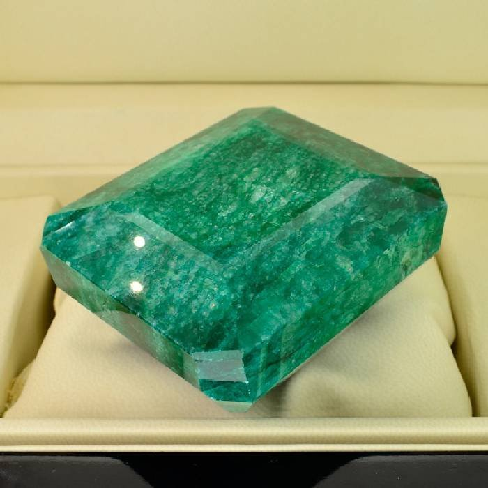 APP: 62.1k 1,773.80CT Emerald Cut Emerald Gemstone