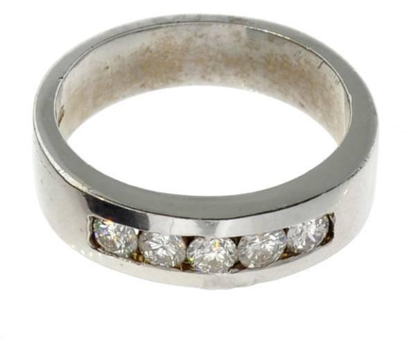 APP: 5k 14kt White Gold, 0.60CT Round Cut Diamond Ring
