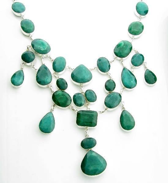 APP: 25k 367CT  Mixed Cut Grn Beryl & Silver Necklace