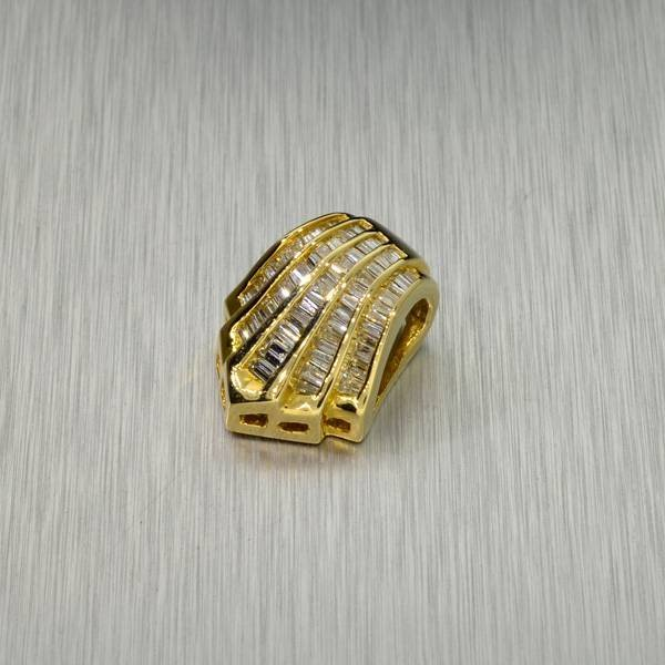 APP: 5.5k *14 kt. Gold, 0.85CT Diamond Pendant