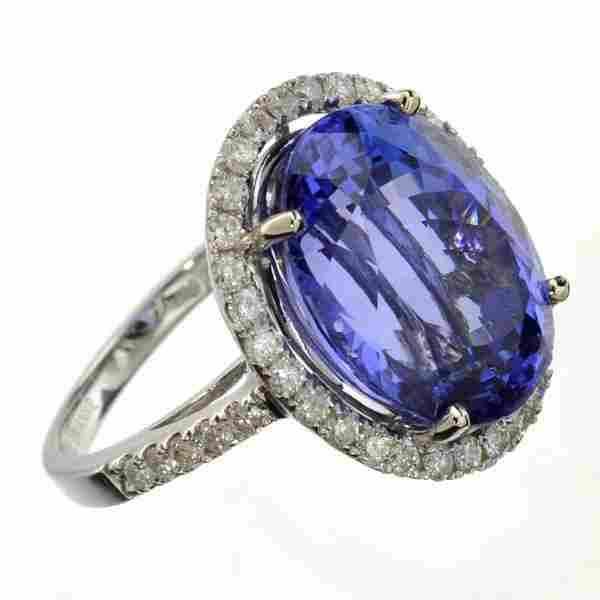 APP: 32k *14 kt White Gold Tanzanite & Diamond Ring