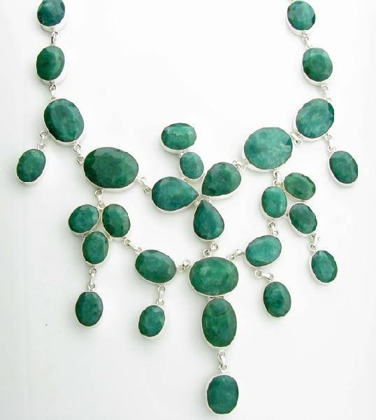 APP: 35k 377CT Beryl Emerald Necklace