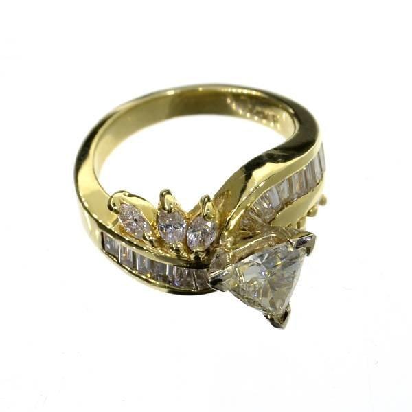 APP: 17.4k 14 kt. Gold, 2.10CT Mixed Cut Diamond Ring