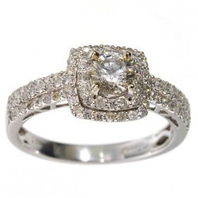APP: 3k *14 kt White Gold 0.79CT Round Cut Diamond Ring