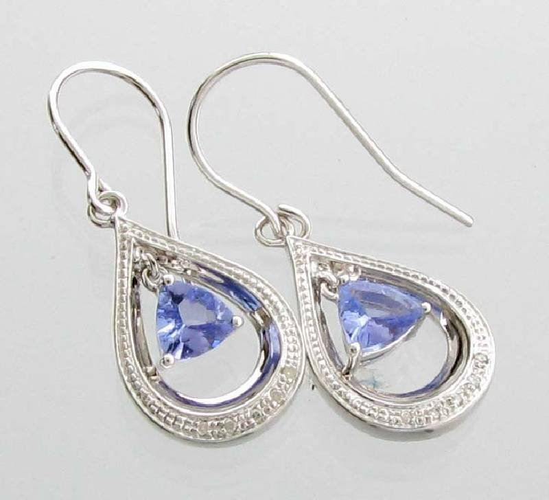 APP: 1k  Tanzanite Platinum Sterl Silver Earrings