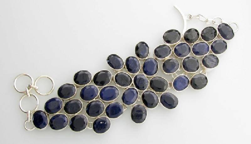 APP: 10k 124CT  Oval Cut Sapphire & Silver Bracelet