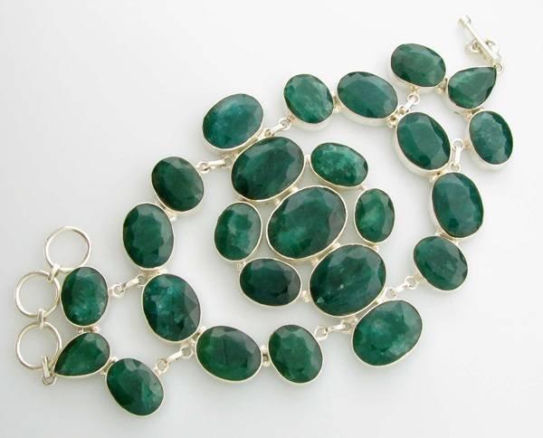 APP: 17.9k 229.78CT Mixed Cut Green Beryl Bracelet