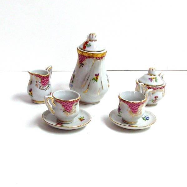 10 Piece Pink Rose Tea Set
