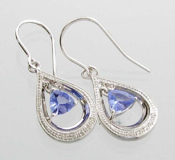 APP: 1k  Tanzanite Platinum Sterl Silver Earrings