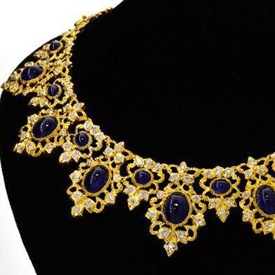 APP: 64k *18kt Gold, 36CT Sapphire & Diamond Necklace