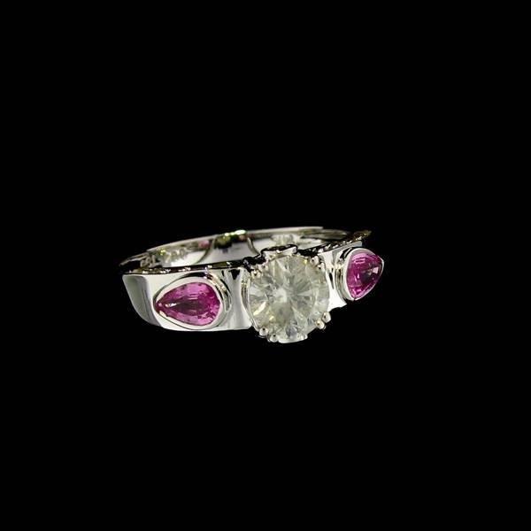 APP: 4k 14kt White Gold, 0k Sapphire Ring