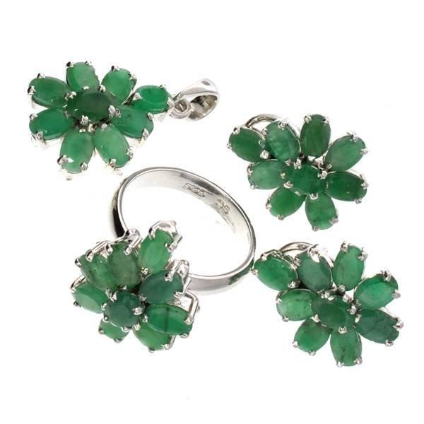 APP: 19k Emerald Silver Ring, Pendant, & Earrings Set