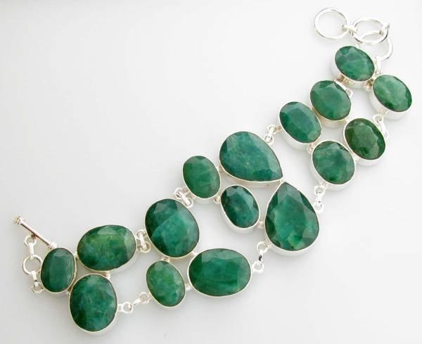 APP: 11.3k 133.05CT Mixed Cut Green Beryl Bracelet