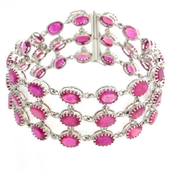APP: 32k 46CT  Oval Cut Ruby Sterl Silver Bracelet