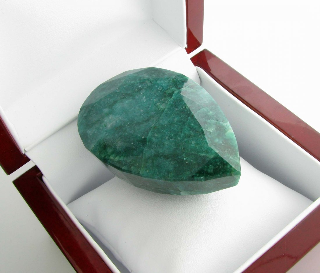 APP: 16.9k 648.50CT Pear Cut Green Beryl Gemstone