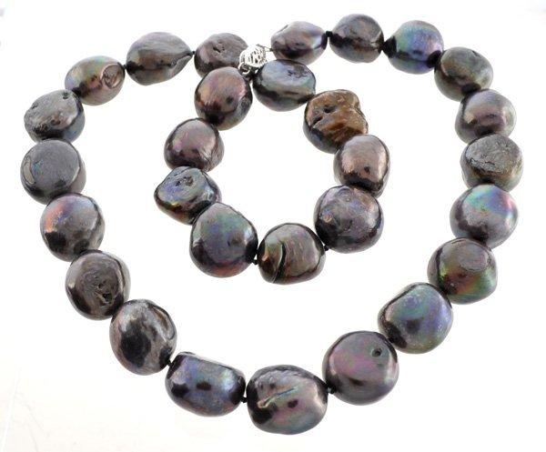 Black Tahitian Necklace