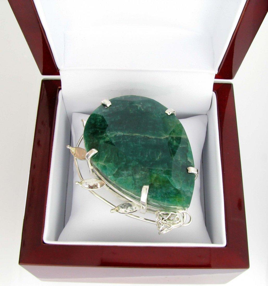 APP: 25k 408CT  Pear Cut Emerald & Sterl Silver Pendant
