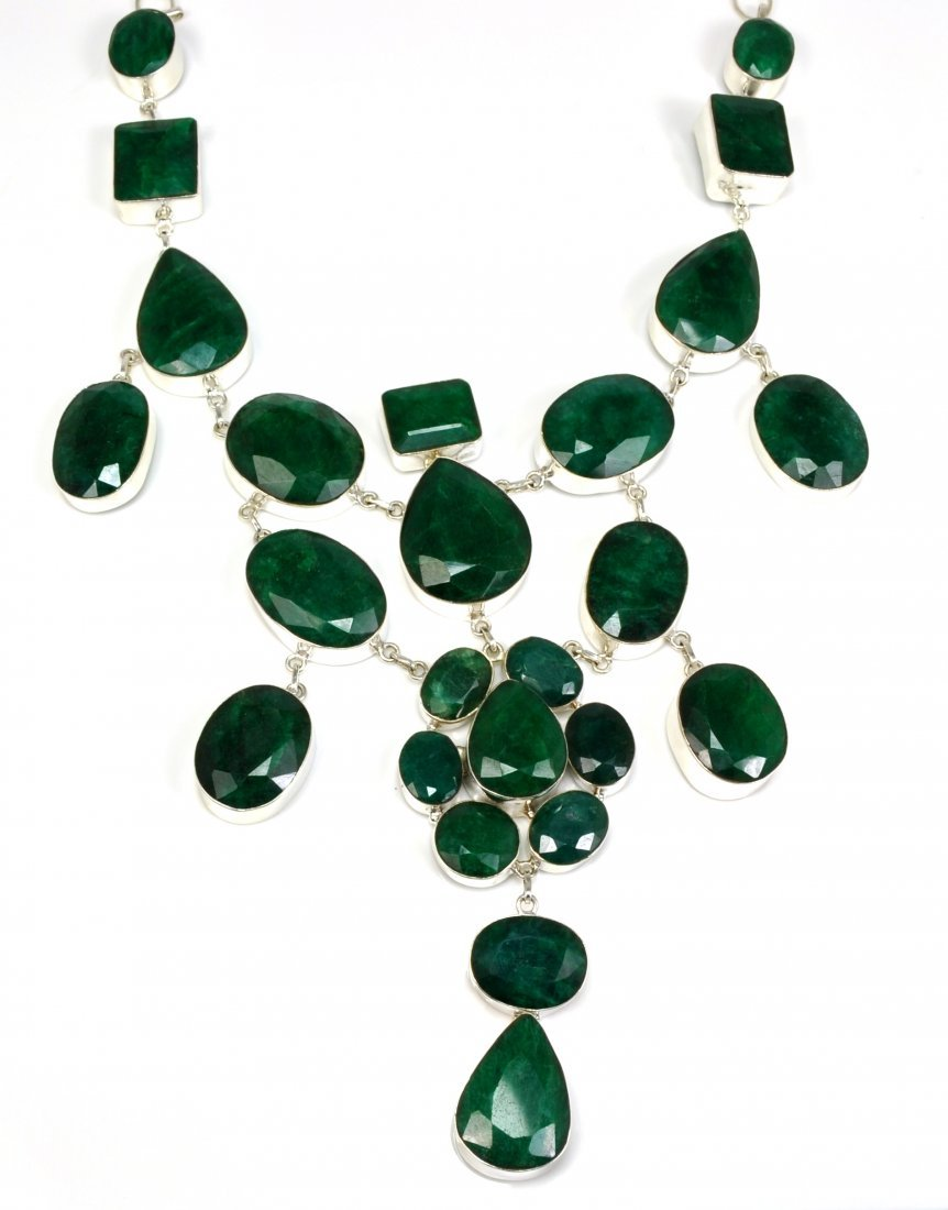 APP: 45k 674CT  Mixed Cut Grn Beryl & Silver Necklace