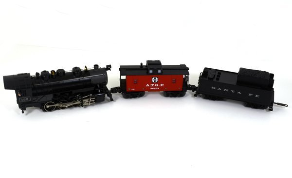 Lionel Santa Fe #123 Steam Engine Lighted Caboose Set