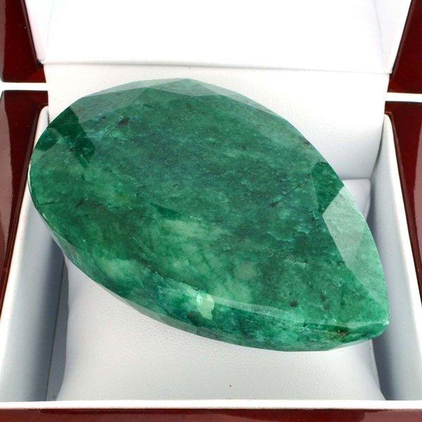 APP: 29.8k 850.60CT Pear Cut Green Beryl Gemstone