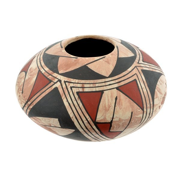 Handmade Casas Grandes Indian Pot