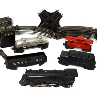 Vintage Lionel Train Set 027 1666 Engine 4 Cars & Track