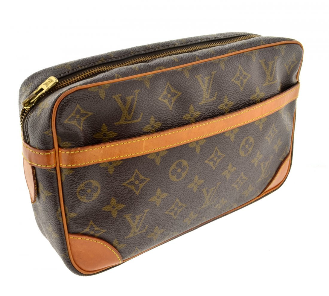 Authentic Louis Vuitton Monogram Pochette Clutch Bag