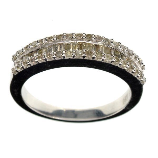 APP: 2k Mixed Cut Diamond & 14kt Silver Size 7 Ring