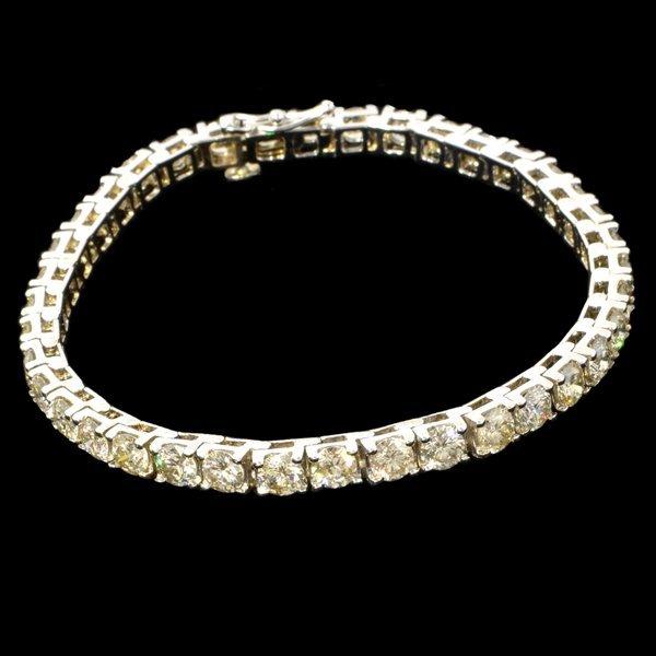 APP: 30k *9CT 14kt White Gold, Round Diamond Bracelet