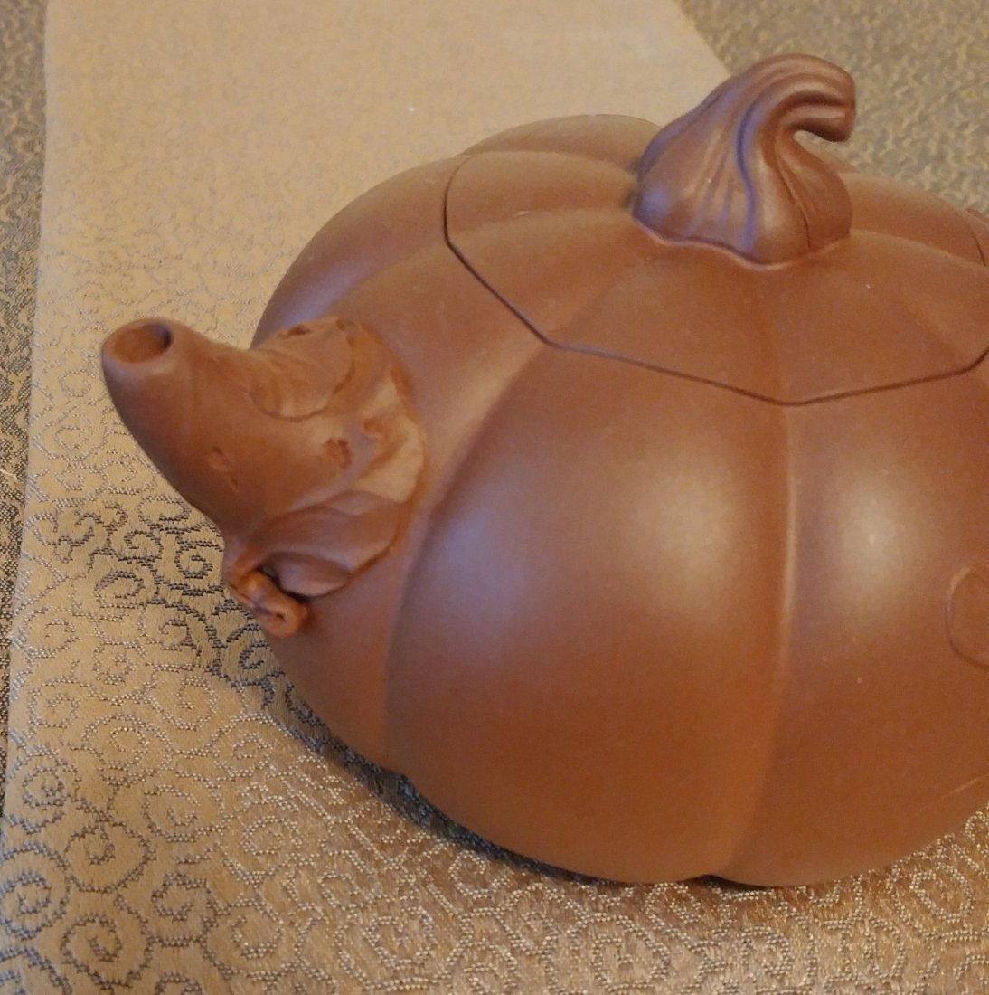 Chinese Yixing Zisha Teapot Gourd With Beetles Signed - 3