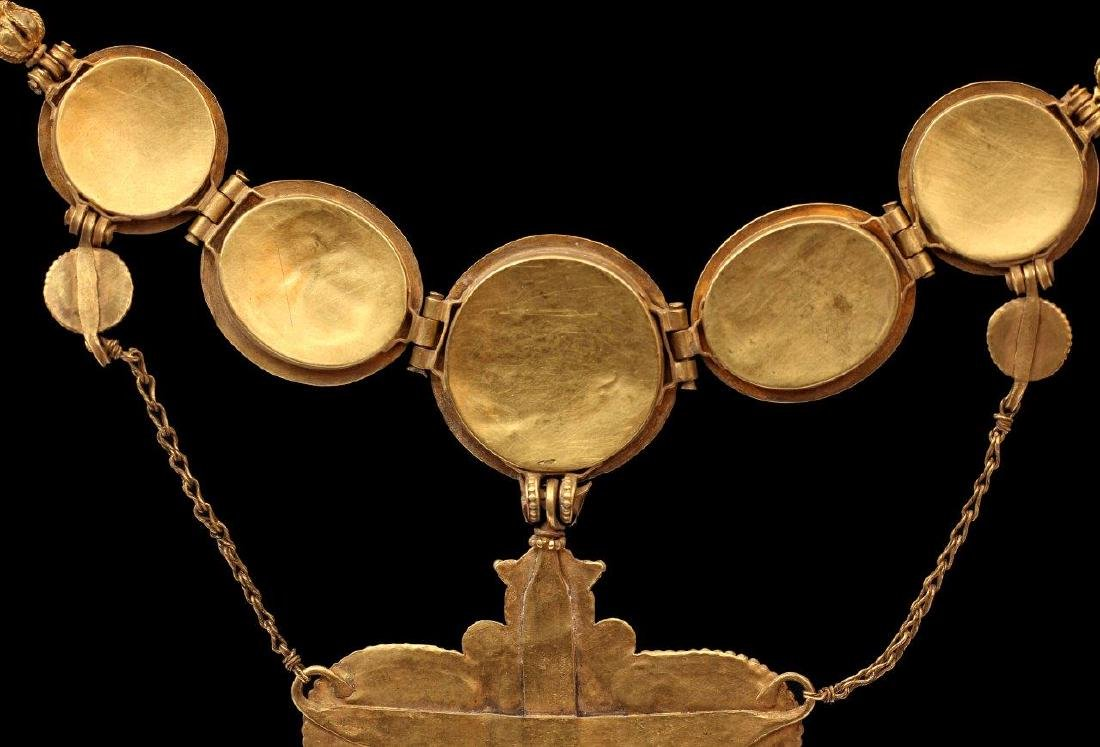 A GREEK GOLDEN NECKLACE, 6TH-4TH CENTURY B.C. - 10