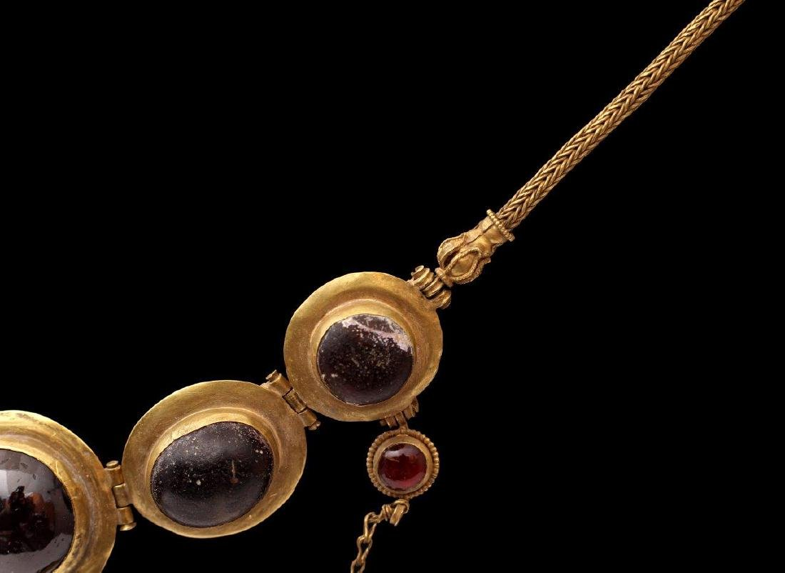 A GREEK GOLDEN NECKLACE, 6TH-4TH CENTURY B.C. - 8