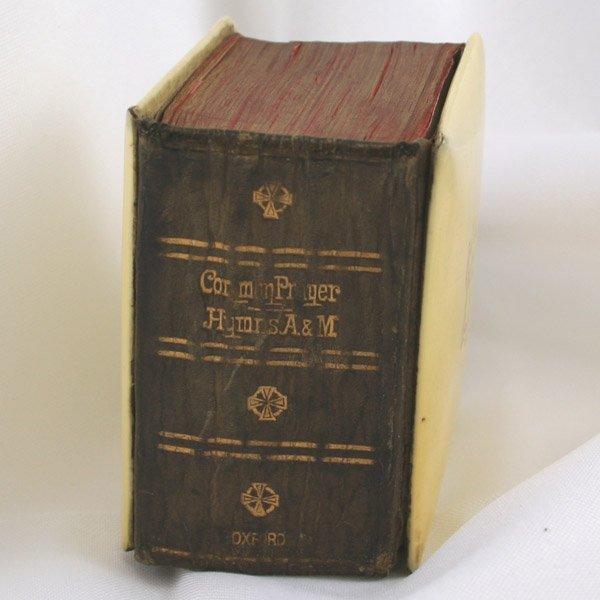 1021: 1900 Oxford Book of Com. Prayer 2.25x1.75x1.25in