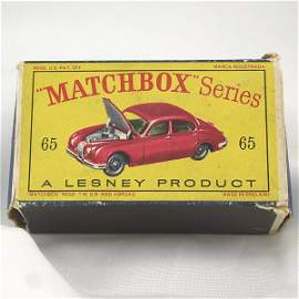 1164: 1965 Matchbox Jaguar Sedan 62x24x18mm