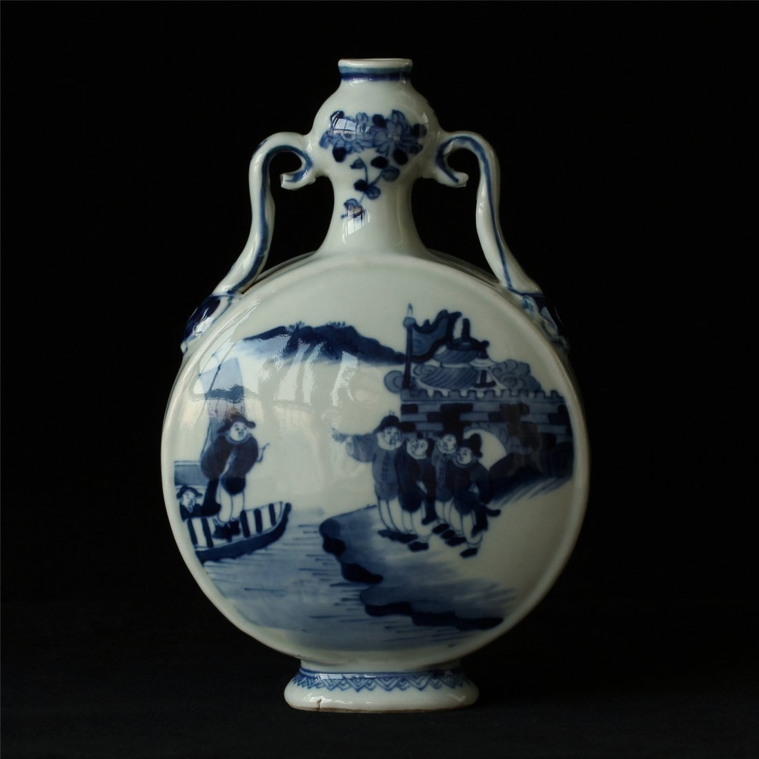 Blue and white porcelain vase of Qing Dynasty KangXi